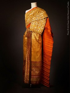 thai chakkraphat dress