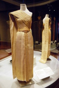 thai chakraphat, thai traditional dress of queen sirikit of thailand