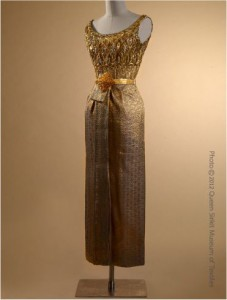 thai dusit dress