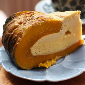 Thai pumpkin custard like pie (photo credit: Takeaway, wikimedia.org)