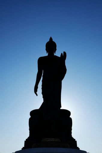 Buddha Monthon against the blue sky (photo credit: Siwaphong Pakdeetawan, Instagram @knack66)
