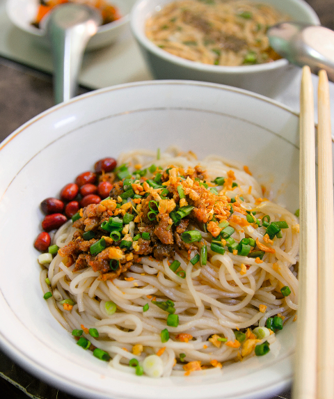 Shan noodle salad from Myanmar (photo:©Christian Verlag / Heike Leistner)