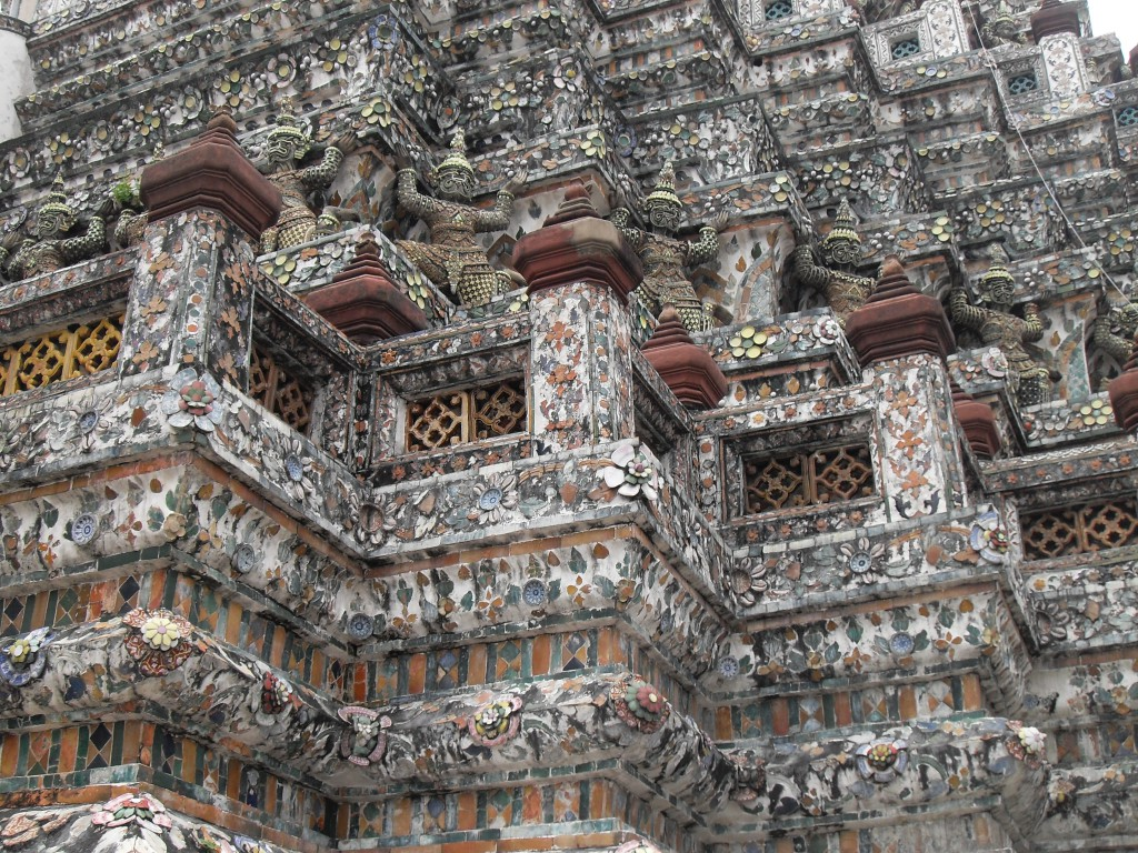 The towers of Wat Arun are supported by a row of demons, photo: Sirinya Pakditawan