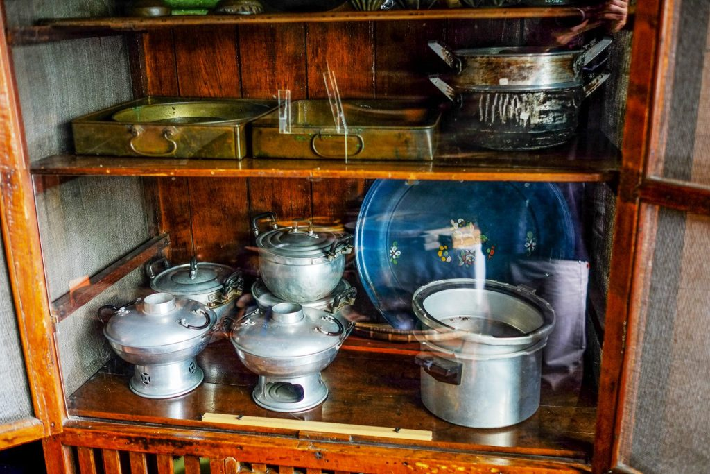 Kitchen utensils from the war era*