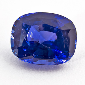 Blue Sapphire for Friday (photo: Wiener Edelstein Zentrum, wikimedia.org)