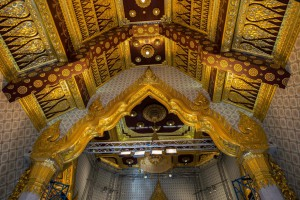 Amazing architecture inside the temple*