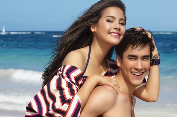 Nadech & Yaya (photo credit: Amat Nimitpark)