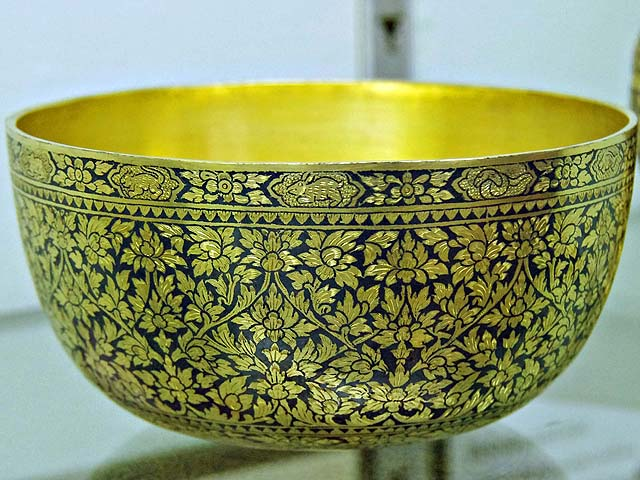 Nakhon National Museum Thailand Nielloware Bowl (photo credit: jeffersonscher.com )