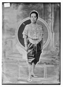 Queen Saowapha, clothed in part Siamese, part Victorian fashion (photo credit: wikimedia.org)