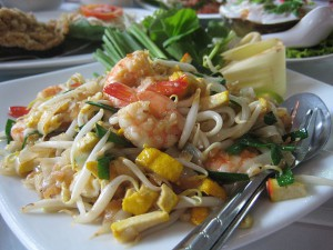Pad Thai (photo credit: Terence Ong, wikimedia.org)