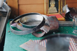 Materials used for producing alms bowls*