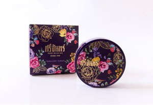 Popular for decades - the Srichand translucent powder (photo credit: bk.asia-city.com)