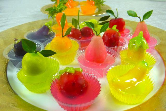 Fruit shaped mung beans in jelly (photo credit: topicstock.pantip.com)
