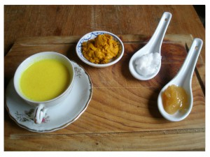 Golden Milk and the ingredients tumeric paste, coconut oil & honey