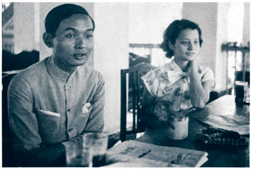 Here is a pic of the younger versions of them...the lukkreung M.R. with the future PM Kukrit Pramoj of Thailand in their younger years